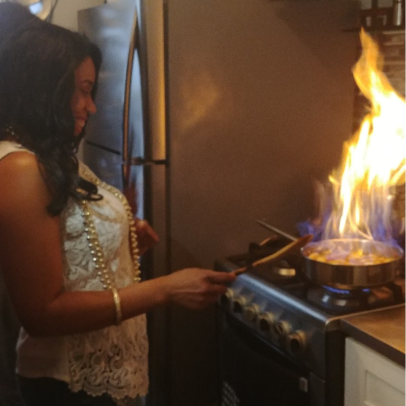 Teaching client\'s how to flambee