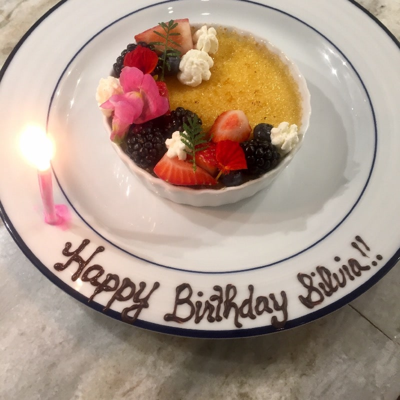 Bailey's creme brûlée (example of plate writing)