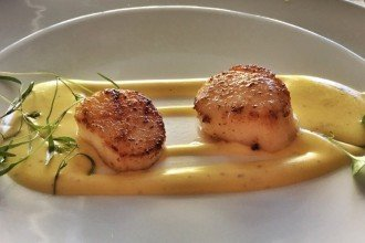 chef-rodrigo-table-at-home-yuzu-truffle-hollandaise-scallops-330x220-90