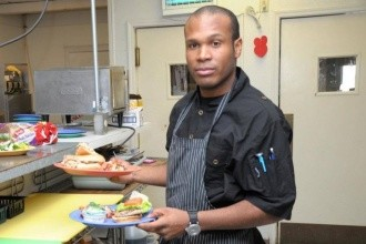 private-chef-isaiah-table-at-home-330x220-90
